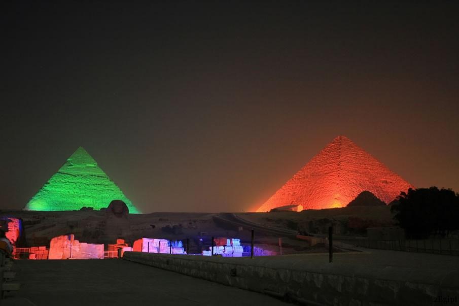 пирамиды гизы световое шоу